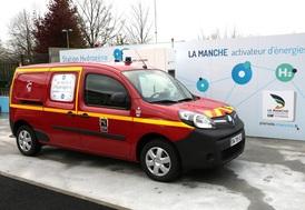 pompier manche vehicule voiture hydrogene securite danger dangereux risque